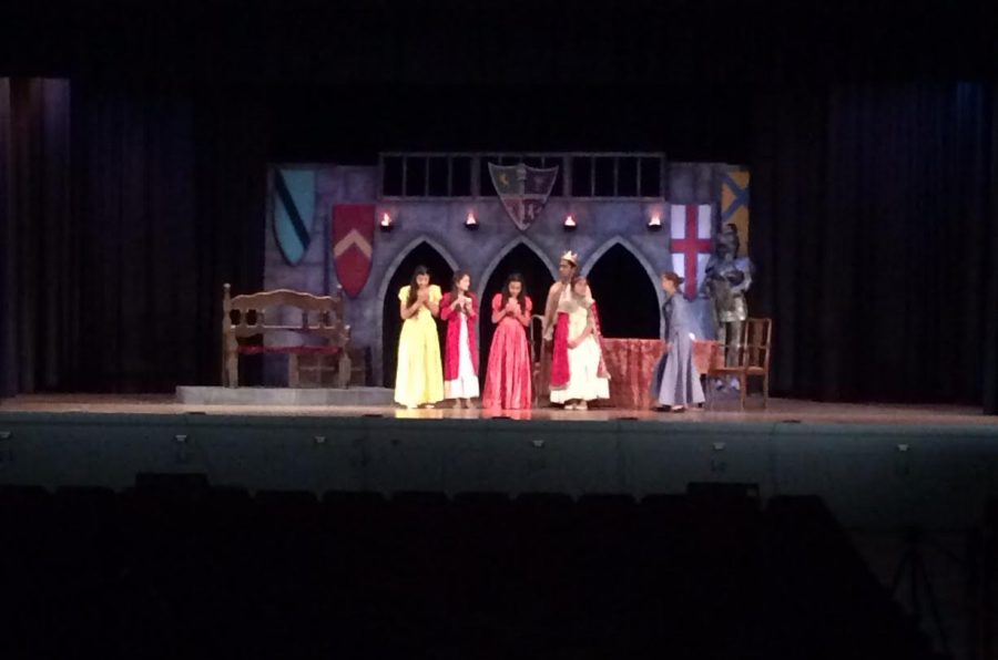 7th+graders+from+Wilson+Middle+School%27s+drama+program+take+part+in+the+Ugly+Duckling+Princess.+The+play+consists+of+four+princesses+in+search+of+their+knight+and+shining+armor%2C+and+the+eldest+princess+is+cast+with+the+Ugly+Duckling+Curse.+%0A