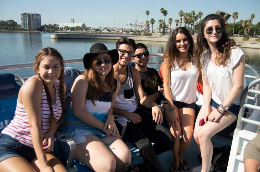 Seniors sit down for one last picture before getting of the boat. The Catalina trip proved to be a memorable event for the senior class.