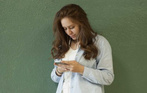 Using phones while walking: Is it really harmless?