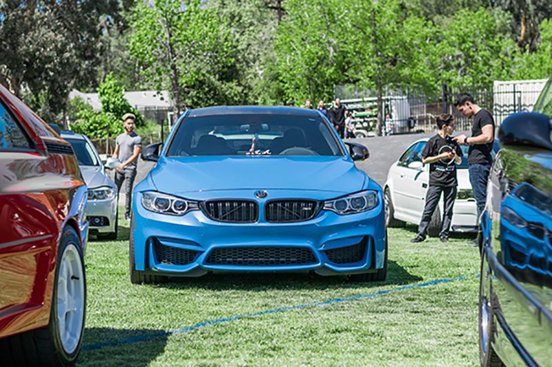 Blue BMW F-83 M4