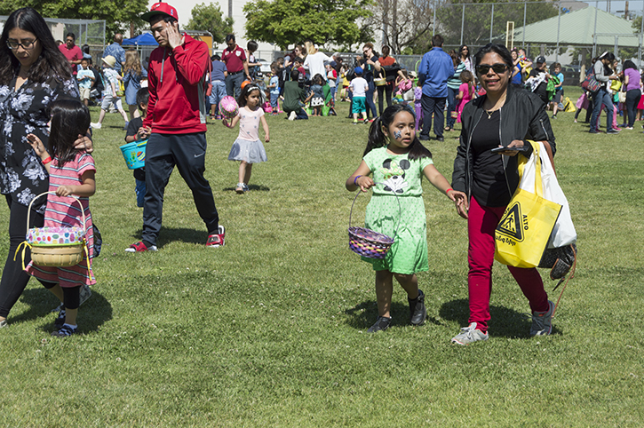 Glendale Pacific Park Host Its Spring Eggstravaganza