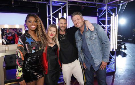 Season 15 coaches: Jennifer Hudson, Kelly Clarkson, Adam Levine, and Blake Shelton stand together before the competition starts.