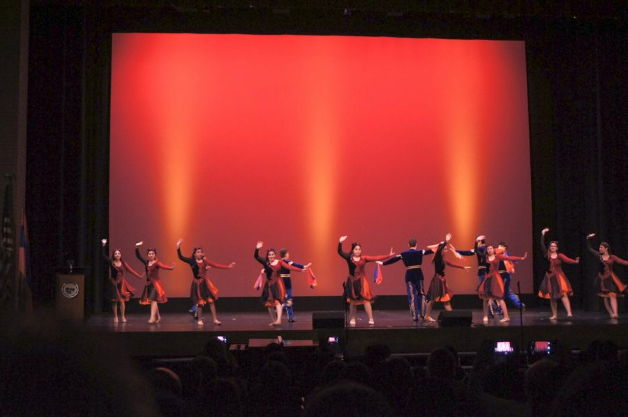 Traditional+Armenian+Dances+were+performed+during+Armenian+Commemoration+day+at+the+John+Wayne+Center+at+Glendale+High+School.