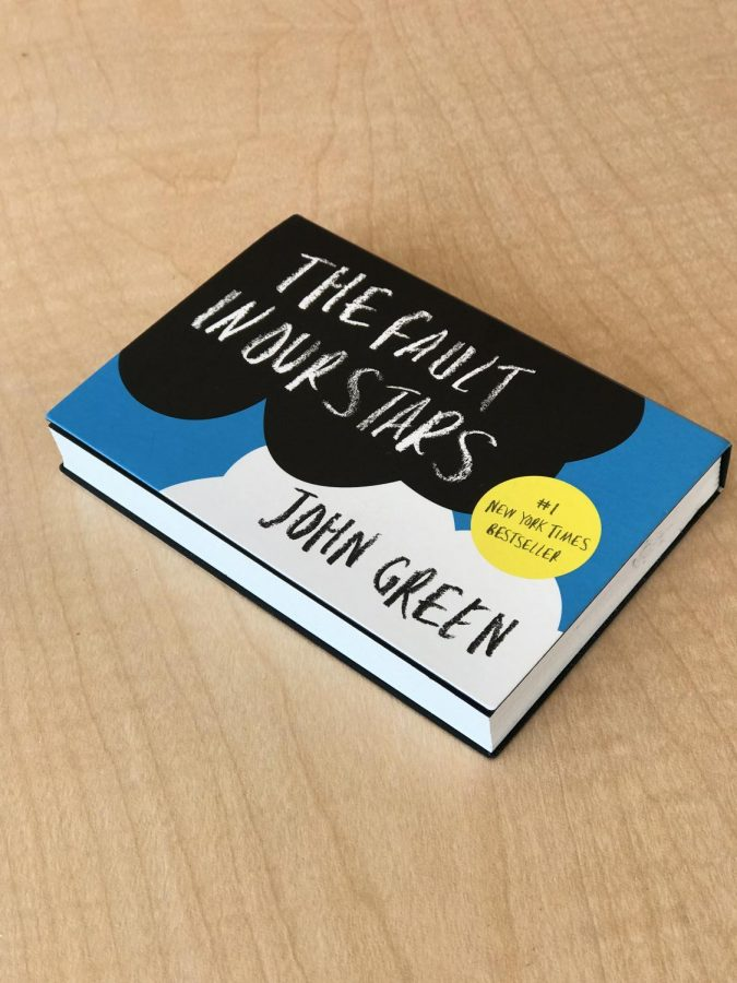 John+Green%27s+popular+YA+novel%2C+The+Fault+in+Our+Stars%2C+printed+completely+in+mini+format.