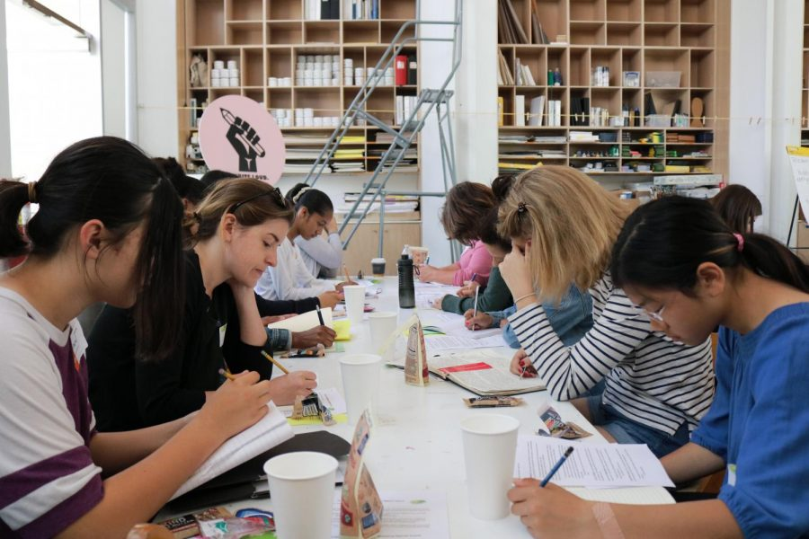 Writegirls+respond+to+a+prompt+given+by+Alexandria+McCale+at+the+LACMA+workshop.