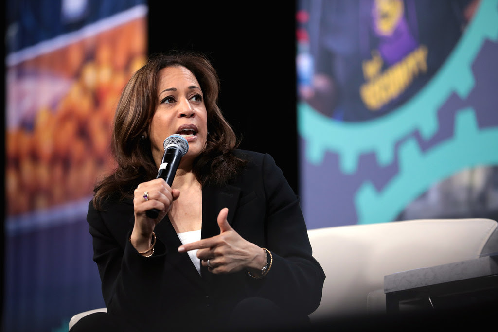 """Kamala Harris makes the fourth democratic debate a memorable night by being the first candidate to bring up the issue of women's access to reproductive health care, """"which is under full-on attack in America today."""""""