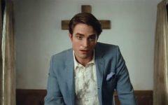 Robert Pattinson plays Rev. Preston Teagardin, the new unorthodox pastor of the small religious town in Ohio in 'The Devil All The Time'.