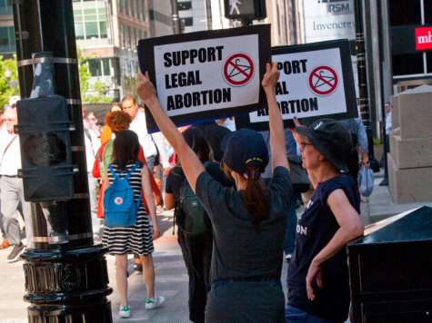 The widespread controversy of the Texas Abortion law sparks protests by pro-lifers.